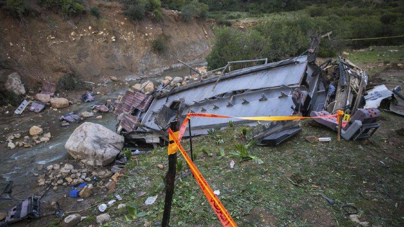 Accident de bus en Tunisie: le bilan s'alourdit à 26 morts