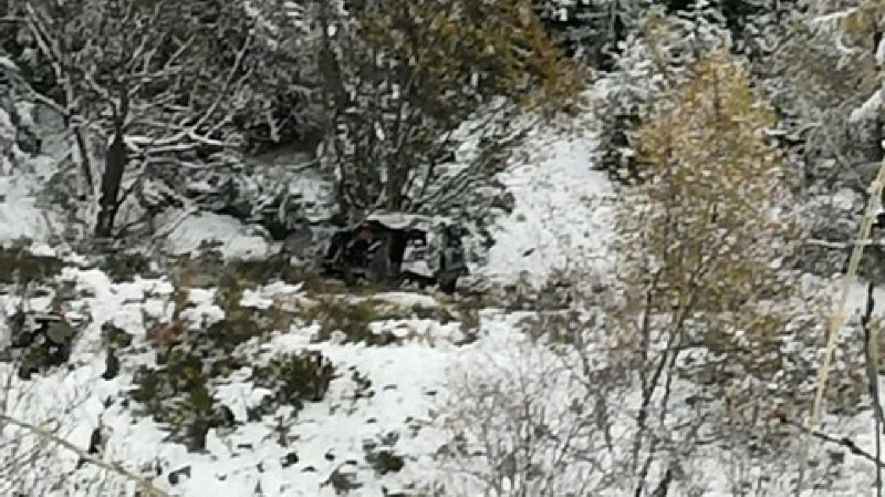Crans-Montana: un véhicule fait une chute de 130 mètres dans un talus