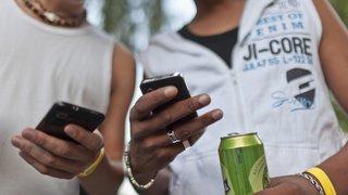 Télécommunications: les offres combinant abonnement et smartphone sont rarement avantageuses