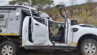 Afrique du Sud: un Suisse blessé dans une collision avec une girafe dans le parc Kruger