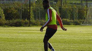 Johan Djourou s'entraîne avec le FC Sion