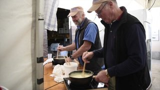 Vaud: 120 personnes concourent au Mondial de la fondue