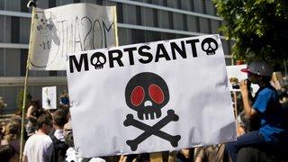 Etats-Unis: Monsanto plaide coupable d'avoir répandu un pesticide interdit