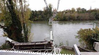 Pont effondré au nord de Toulouse, sur le Tarn: un deuxième corps retrouvé