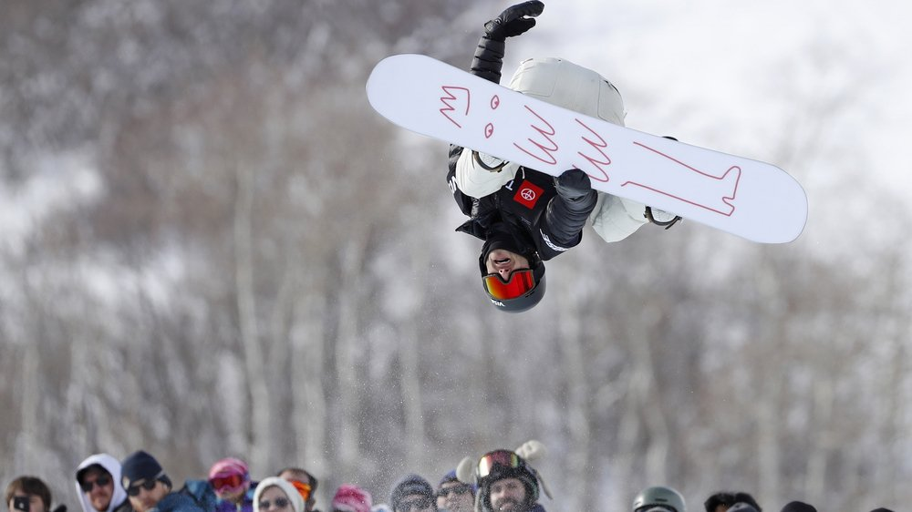 Pat Burgener veut sortir un peu de son snowboard et se concentrer sur ce qui se passe en l'air.