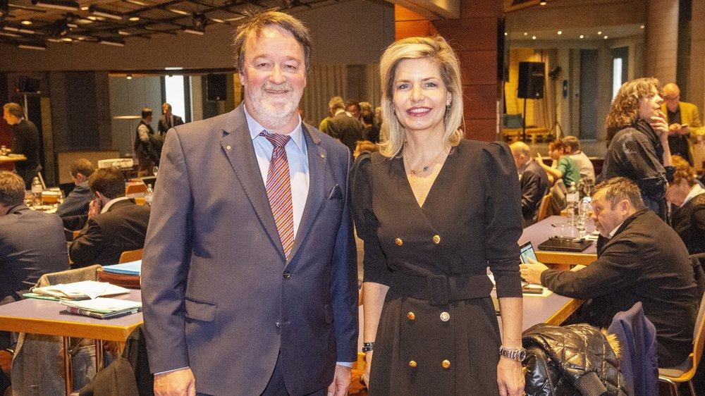 Felix Ruppen (PDC noir) et Gabrielle Barras (UDC) ont été portés par leurs pairs à la coprésidence 2020-2021 de la constituante. Ils rejoignent Emilie Praz (Appel citoyen) et Yann Roduit (PDC).