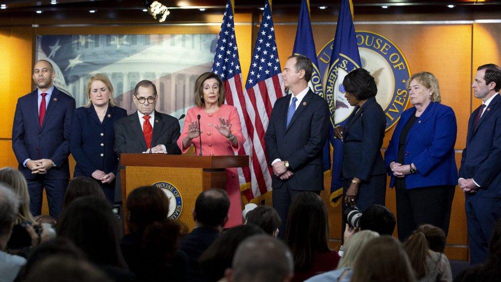 Ken Starr et Alan Dershowitz vont défendre Trump — Destitution