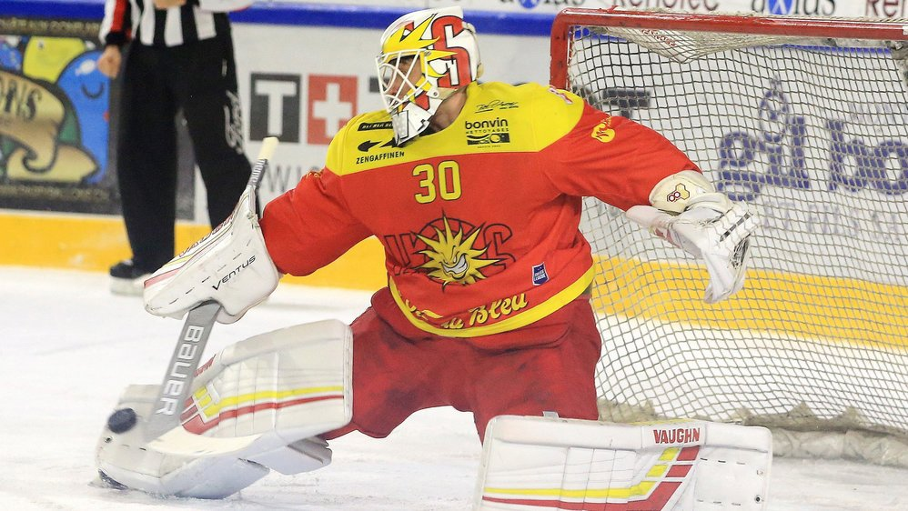 Remo Giovannini est élu homme du match pour le HC Sierre contre Grasshopper.