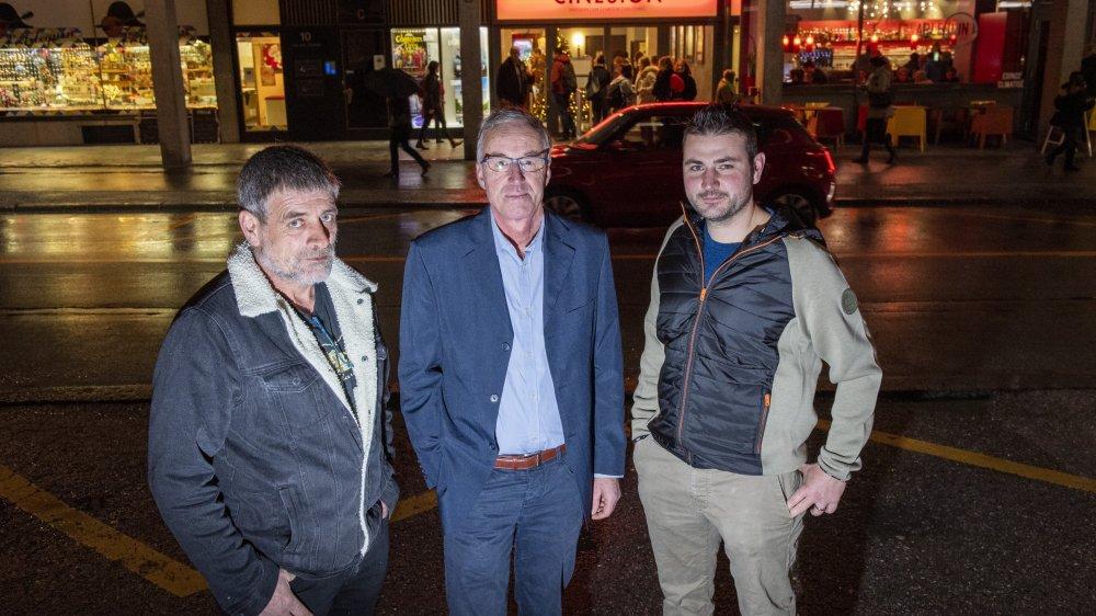 Francis Guigoz, Michel Bonjean et Vincent Roten ont assisté à une projection du film «Au nom de la terre» d'Edouard Bergeon. Il retrace l'histoire tragique de son père agriculteur.