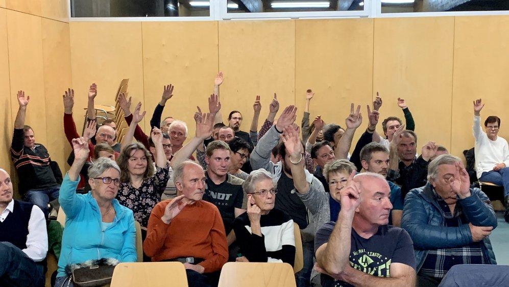 L'assemblée primaire a été très suivie à Collonges. Elle intervenait deux semaines après le refus de la population de fusionner avec Saint-Maurice.