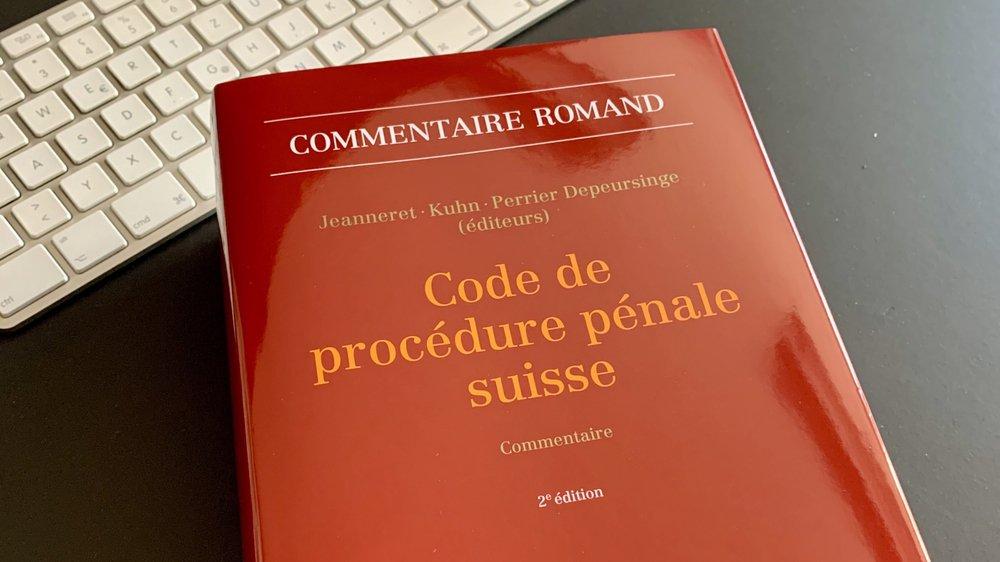 Les spécialistes valaisans abordent dans ce livre des questions qui concernent le grand public, comme la protection des données ou encore l'indemnisation d'un citoyen acquitté.