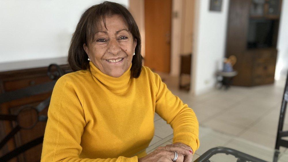 Lucia Perrin sourit à la vie malgré sa leucémie.