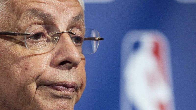 David Stern, ici lors d'une conférence de presse en novembre 2011, était avocat avant de devenir l'un des hommes les plus influents de la NBA, la National Basketball Association.