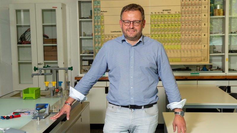 Depuis septembre dernier, Fabrice Donnet-Monay est responsable de l'Ecole professionnelle intercantonale de la chimie (EPIC).