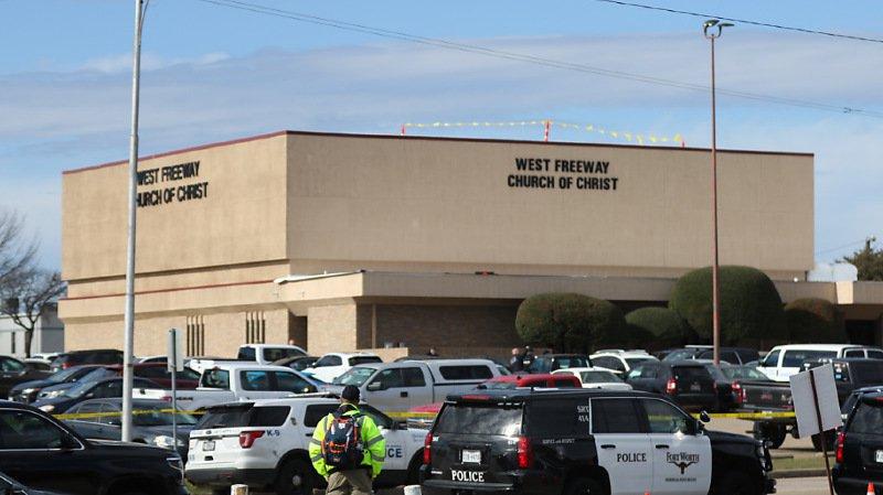 Etats-Unis: au moins deux morts dans l'attaque d'une église au Texas