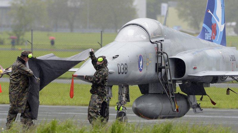 Donald Trump veut racheter d'anciens avions de combats de l'armée suisse