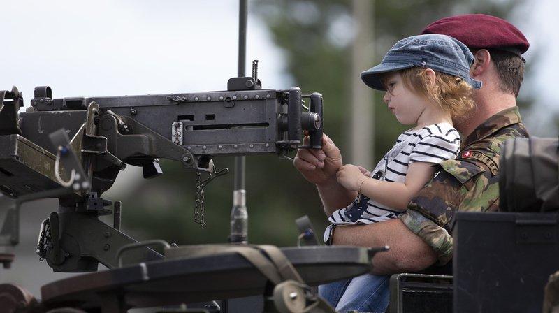 Sortie dans une école zurichoise avec 4 chars d'assaut: l'armée annule à la dernière minute