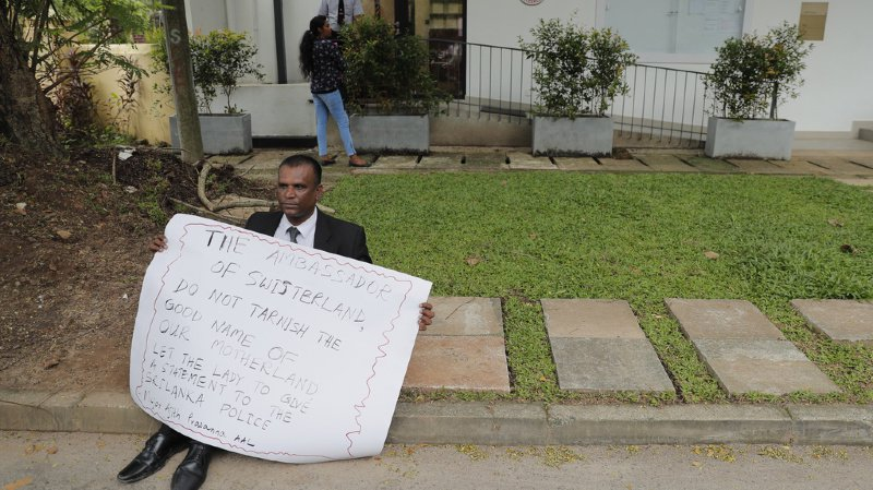 Sri Lanka: une employée de l'ambassade suisse bloquée à Colombo