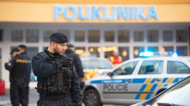 République tchèque: il tue six personnes dans un hôpital avant de se suicider