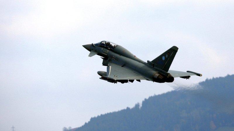 L'Eurofighter allemand (Airbus) fait partie des avions de combat encore en course.