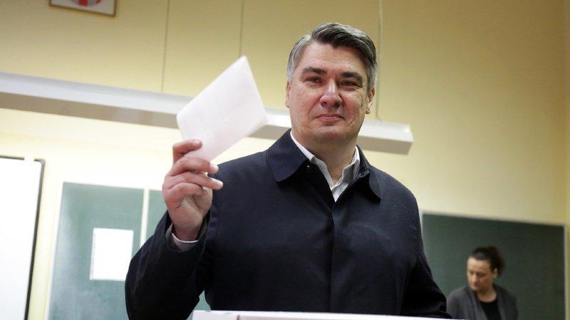 Croatie: l'ex-premier ministre Zoran Milanovic en tête du premier tour de la présidentielle