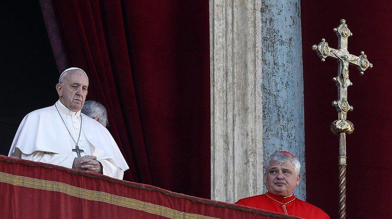 Vatican: le pape François a livré son traditionnel message «Urbi et Orbi» sur la place Saint-Pierre