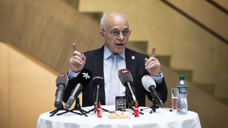 Suisse: Ueli Maurer note les bienfaits de ses voyages pour le projet de réforme fiscale