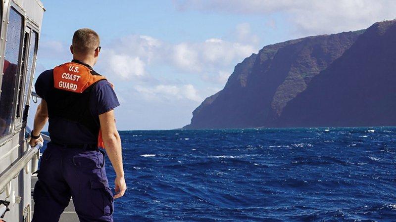 Crash d'hélicoptère à Hawaï: l'appareil transportant une famille suisse a heurté une crête