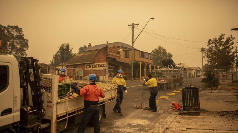 Australie: des villes entières évacuées à cause des incendies