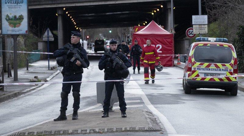 L'attaque a eu lieu vers 14h00 dans le parc des Hautes-Bruyères à Villejuif, dans la proche banlieue sud de Paris.