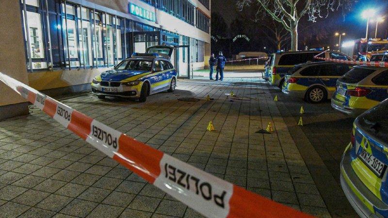 C'est un policier de 23 ans qui a ouvert le feu, tuant l'assaillant.