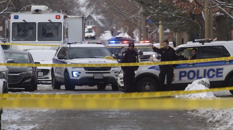Un mort et plusieurs blessés lors d'une fusillade à Ottawa — Canada