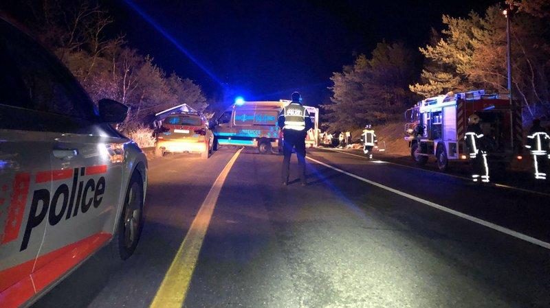 Accident: une voiture contre un bus transportant des élèves près de La Souste