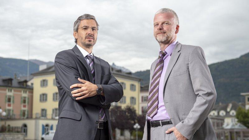 Thomas Zimmermann (à gauche) et Bernard Sermier ont officiellement pris les rênes de la police régionale des villes du centre au soir du 31 décembre 2019.