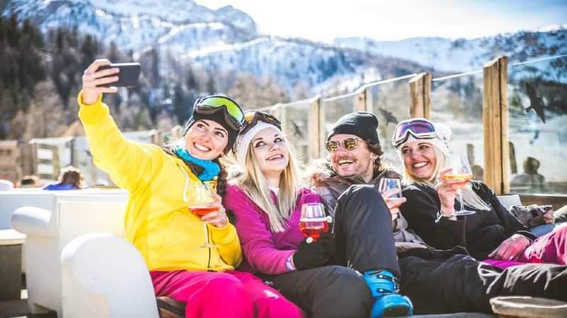 Il y aura de l'ambiance sur les terrasses des restaurants d'altitude de Nendaz et  Veysonnaz ce week-end lors du Big Winter Opening.