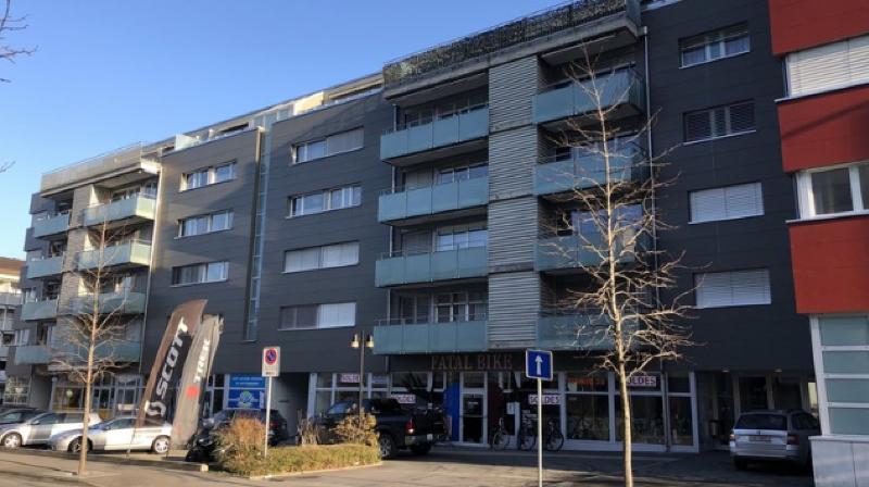 Le corps de la victime a été retrouvé dans cet immeuble montheysan le 1er janvier.