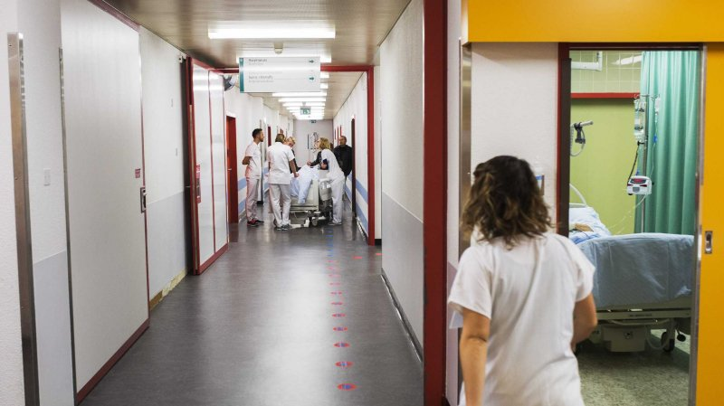 Le nombre de femmes travaillant dans le secteur de la santé en Suisse est supérieur à la moyenne. Sur un total d'environ 38000 médecins, plus de 16000 sont des femmes (43 %). Chez les 30-39 ans, ce chiffre dépasse 60 %.