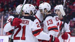 Hockey: Nico Hischier marque et gagne
