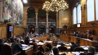 Financement des partis: le Conseil des Etats adopte un contre-projet à l'initiative sur latransparence