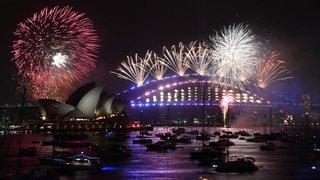 Nouvel An: Sydney, sous un nuage toxique, lance les festivités