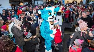 Jeux olympiques de la jeunesse: la flamme attire les foules à Champéry