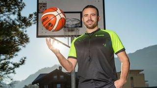 Sébastien Clivaz, un arbitre suisse qui touche les sommets de l'Europe