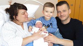Le premier bébé valaisan de 2020 est une petite Inaya de Vétroz