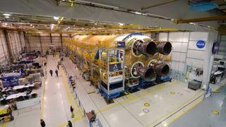 Le premier étage de la prochaine fusée pour la Lune est fini, annonce la Nasa