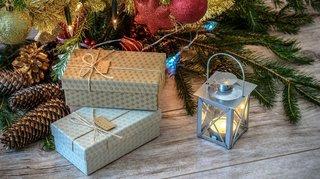 Noël: plus d'1 Suisse sur 10 trouve que les cadeaux devraient être supprimés