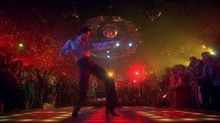 Se la jouer comme dans La fièvre du samedi soir ou Grease la nuit du 31décembre à Conthey