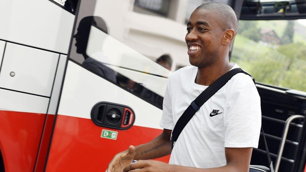 Gelson Fernandes regagne l'Allemagne après avoir terminé la première partie de sa rééducation en Valais.