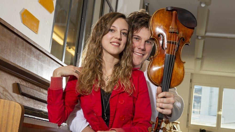 Elle est pianiste, il est violoniste. Anthony Fournier et Fanny Monnet donnent des récitals ensemble et des frissons à ceux qui les écoutent.