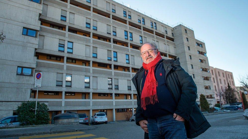 Gérard Mittaz préside le conseil de la fondation Mon Foyer qui gère 292 logements en ville de Sion, dont ceux du bâtiment Plein Sud, en arrière-plan.