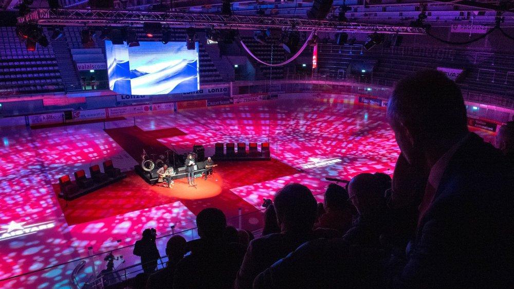"""Pour sa quatrième cérémonie ValaiStars, """"Le Nouvelliste"""" est parvenu à rendre intimiste le gigantisme de la Lonza Arena."""